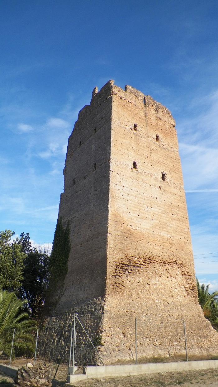 Patrimonio de tierra (tapia) en España, Torres musulmanas de Tapia